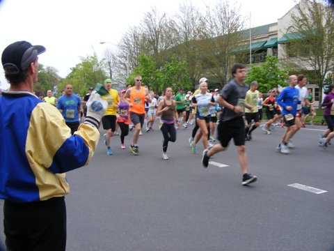 Runners hit the street for the Eugene Marathon